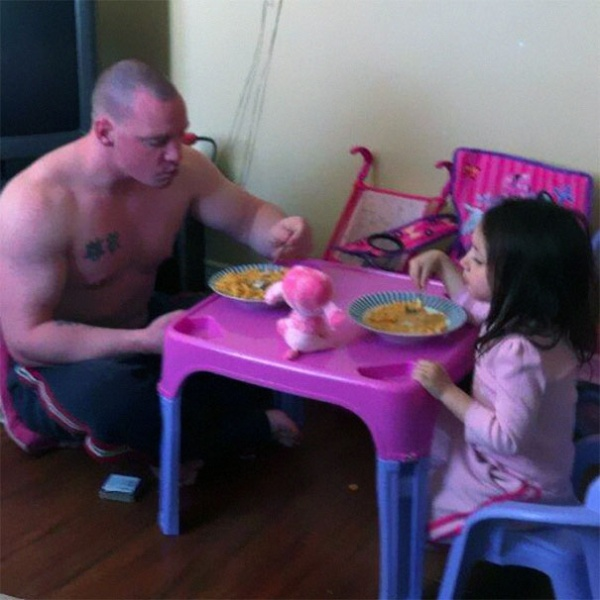 254555-R3L8T8D-600-awesome-dads-fatherhood-2__605